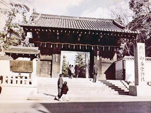 大手門(現御香宮神社山門)33-16.jpg