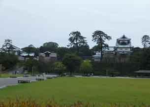 新丸から右菱櫓左河北門4057.JPG